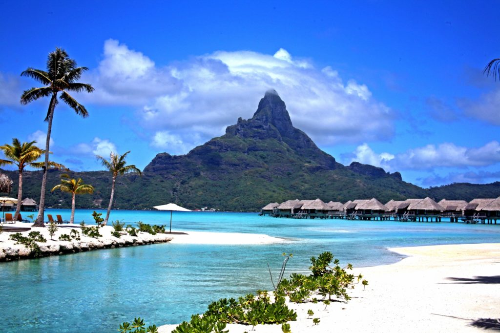It Is According To Some Simply The Most Beautiful Place On Earth Its Nickname Jewel Of South Seas Perhaps Gives